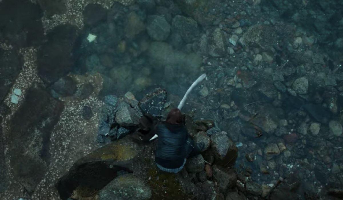 Laurits (Jonas Strand Gravli) libera il Jǫrmungandr. Credits: Netflix.