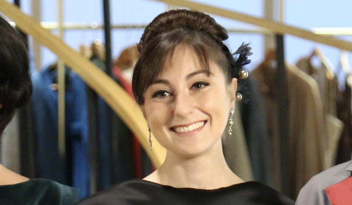 Elisa Cheli interpreta Paola Galletti ne Il Paradiso Delle Signore, qui nella stagione Daily 2 o quarta. Credits: Rai