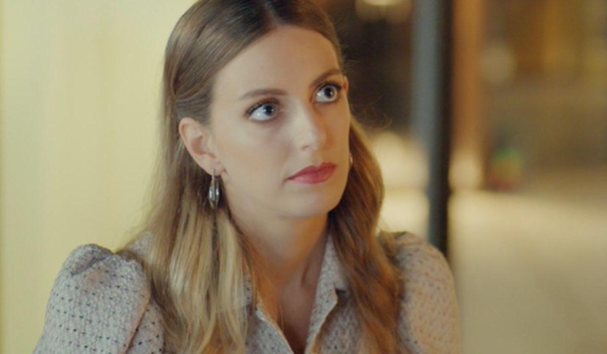Love Is In The Air, episodio 10: Selin Atakan interpretata da Bige Önal. Credits: Mediaset