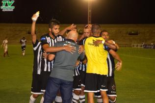 Botafogo 3 x 0 Santa Cruz (25)