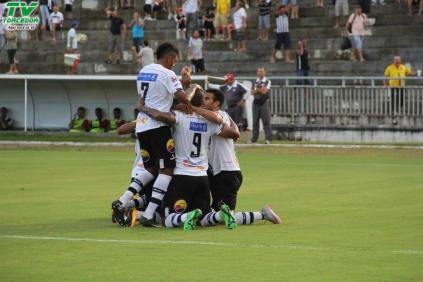 Botafogo 2x1 River (39)