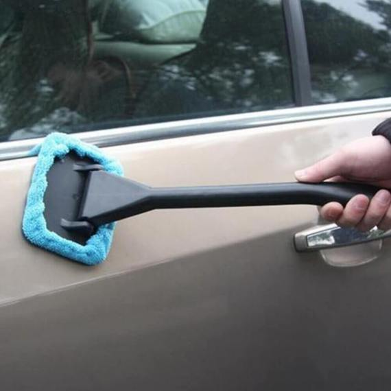 Windshield Easy reach microfiber window cleaner 1