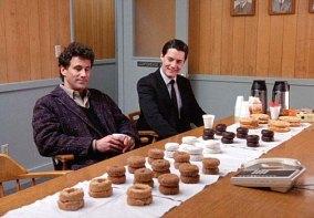 twin-peaks-donuts.jpg