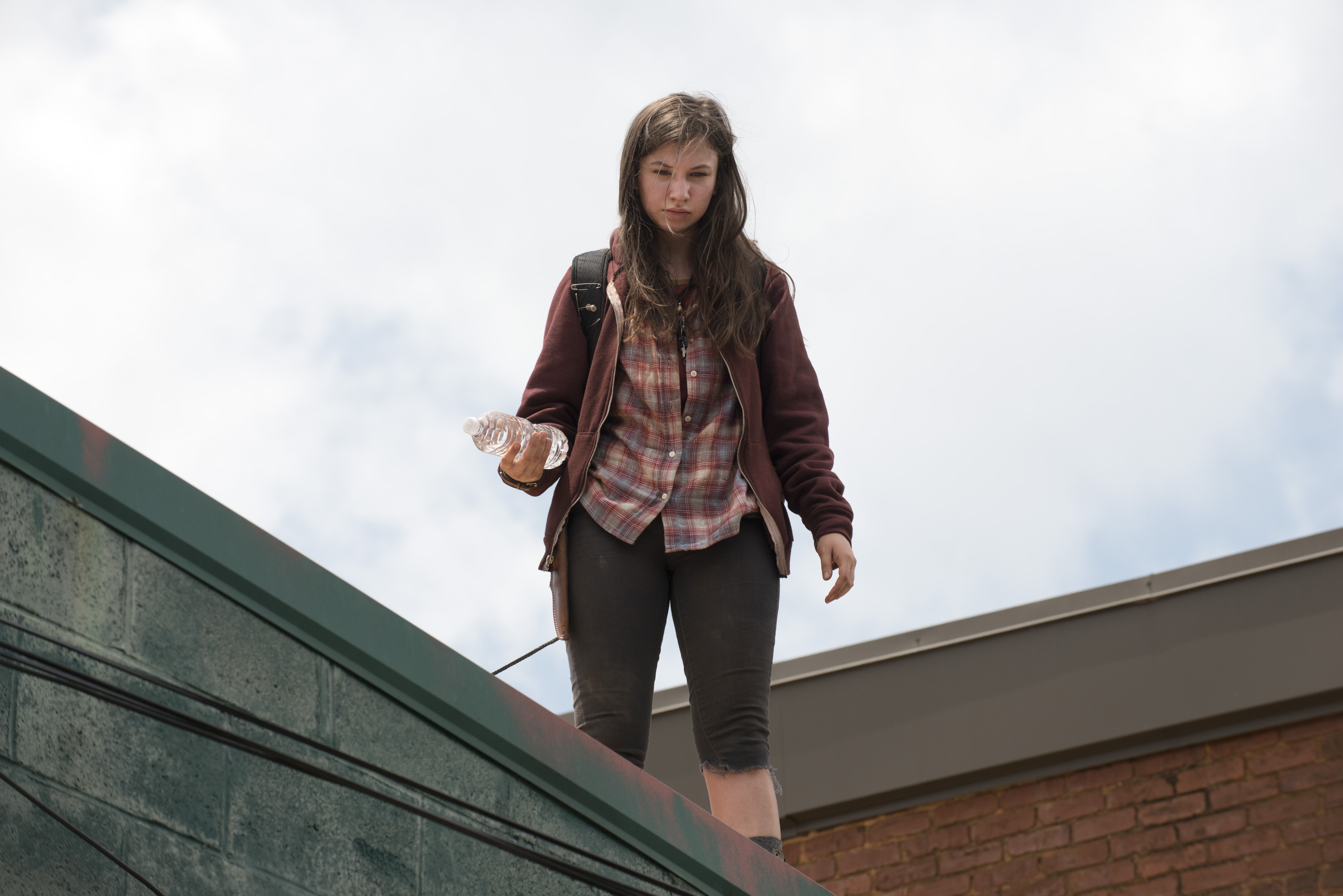 Enid Gives Water To Glenn From The Bakery | The Walking Dead Locations