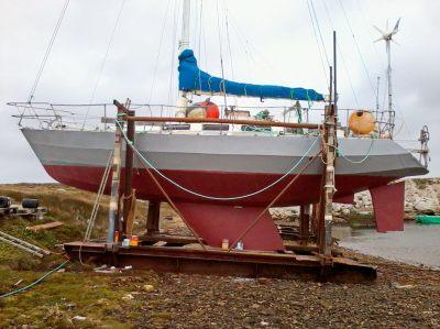 Grey hi-build on the topsides