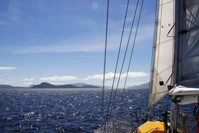 A fine day in Estrecho Nelson