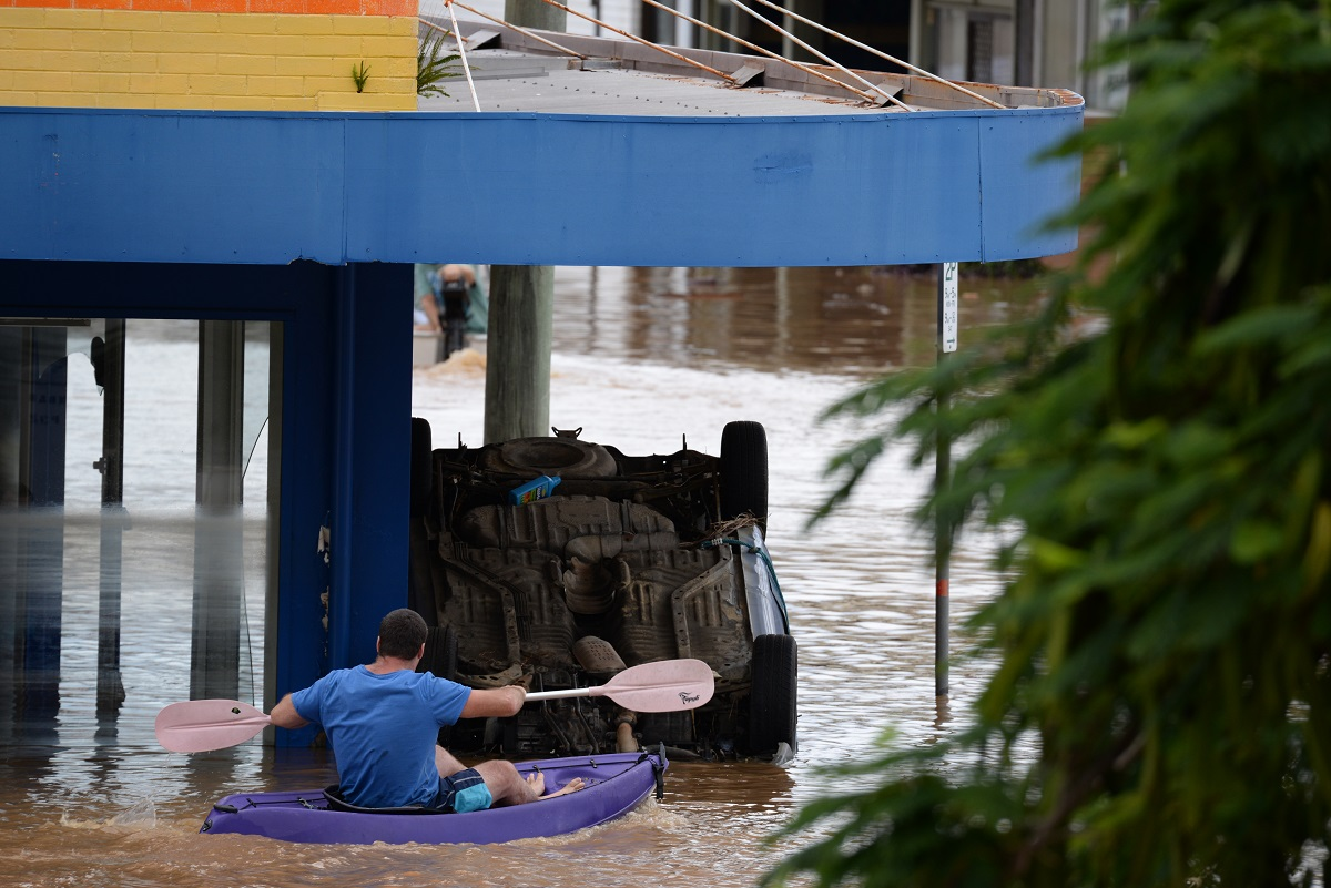 NSW residents enter flood-ravaged homes