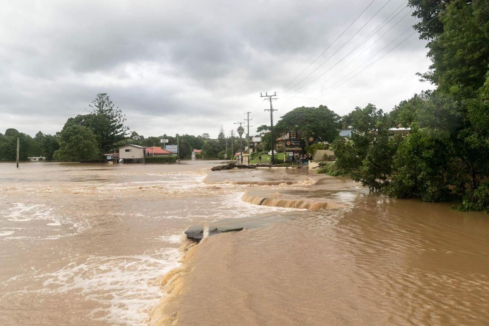 NSW floods: Torrential rain hits Lismore, Northern Rivers region after Cyclone Debbie