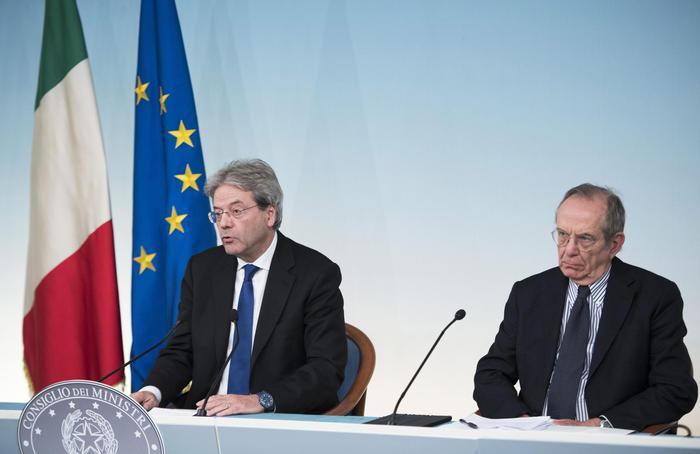 Banche: ok del Consiglio dei ministri al salvataggio di popolare Vicenza e Veneto Banca