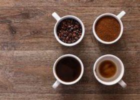 La tazzina di caffè ci costa 260 euro l'anno a testa