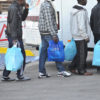 San Giuliano(PI): protesta dei migranti contro la somministrazione dei pasti