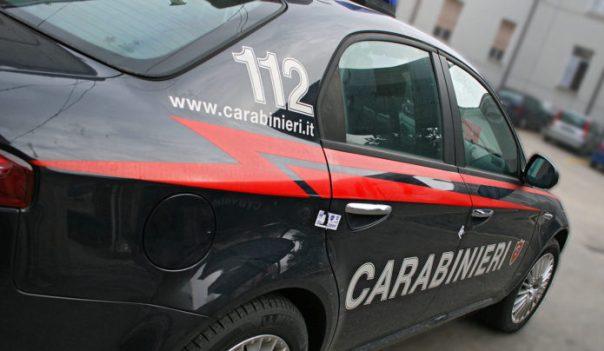 Pontedera (Pi): esce dall'auto e viene travolto da vettura che sopraggiunge