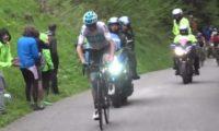Giro d'Italia: sul monte Zoncolan Froome (1°) attacca, ma la maglia rosa Yates (2°) resiste