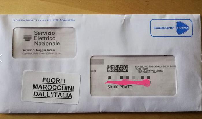 Recapitate lettere con la scritta «Fuori i marocchini dall'Italia»