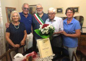Ha compiuto 106 anni il più anziano bersagliere d'Italia