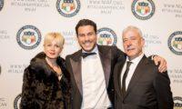 La National Italian American Foundation premia di miglior giovane imprenditore dell'anno