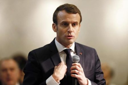 Macron perde le staffe con la sicurezza israeliana, poi si scusa