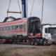 Treno deragliato: finita la rimozione dei vagoni, saranno trasportati in un deposito