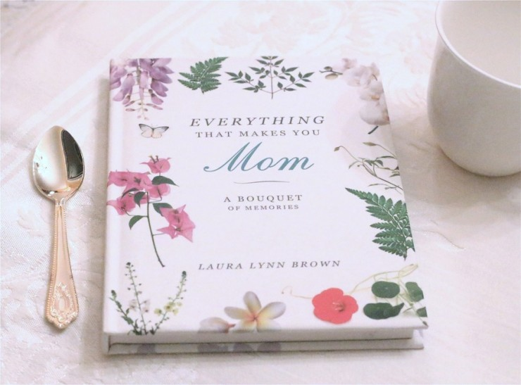 Everything that Makes You Mom Thanksgiving Giveaway