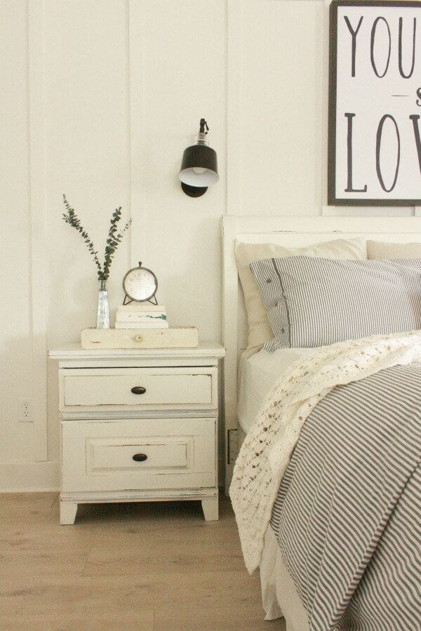 Painting And Distressing Furniture 101 Bringing Farmhouse Style Home Twelve On Main