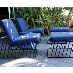Outdoor Chaise Lounge Chair With Ottoman 2 X 4 Dining Chairs Wired Italic And The