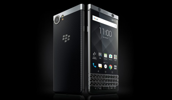 blackberry-keyone-mwc-2017-tcl-image-2