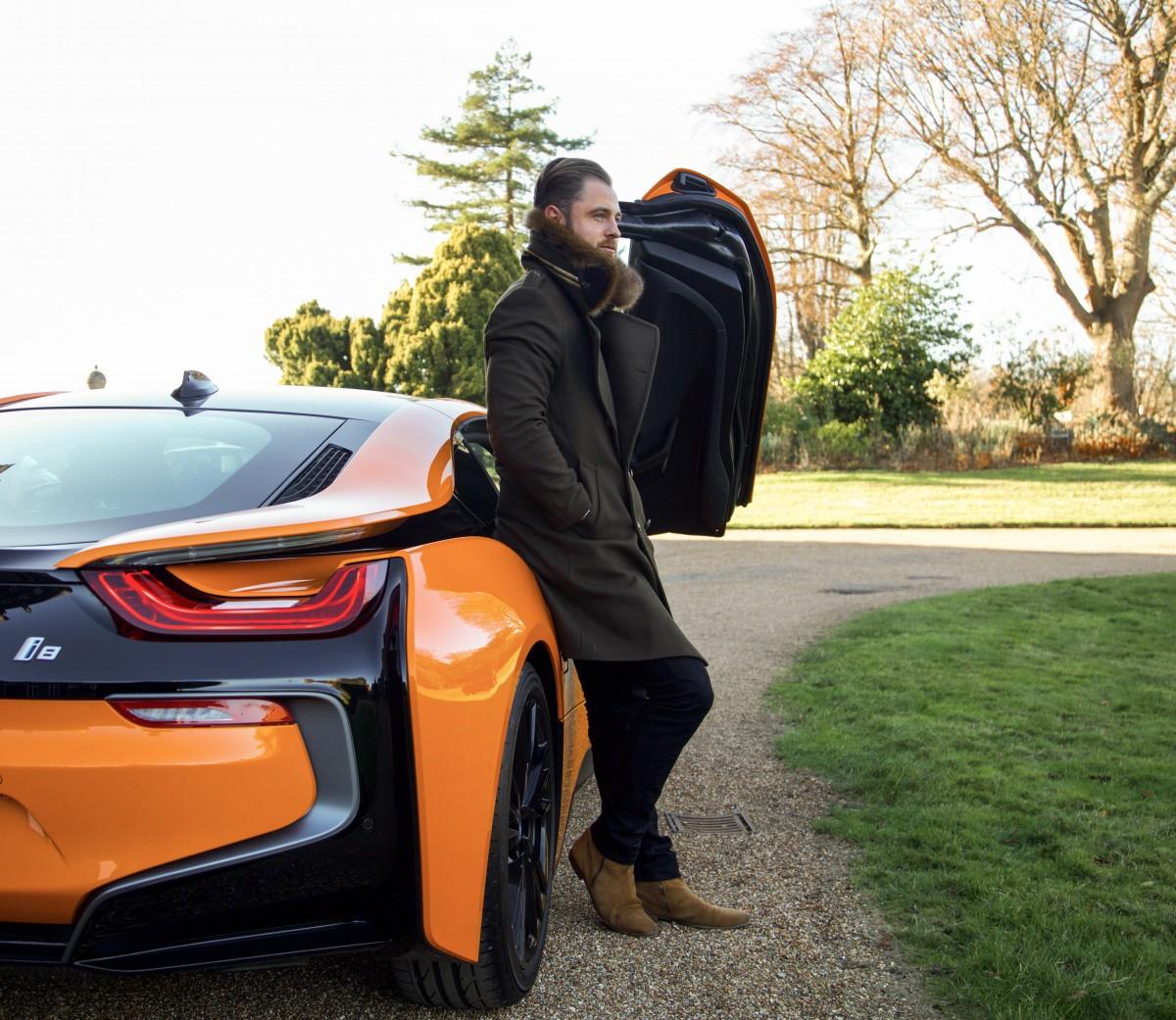 BMW i8 Fiery Orange