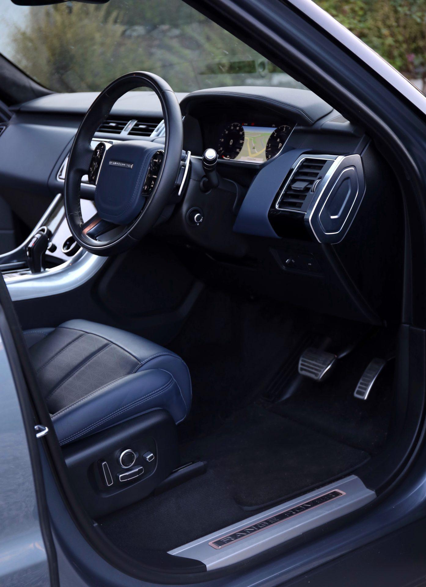 Range Rover SDV8 Autobiography Dynamic Driver's Seat