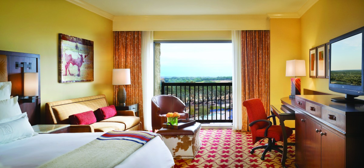 JW Marriott Hill Country Suite
