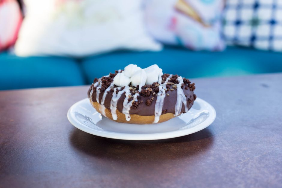 The Ginger Snap, Mississippi Mud Pie Donut
