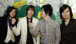 Panic! At The Disco, 2006, Birth of a Blogger