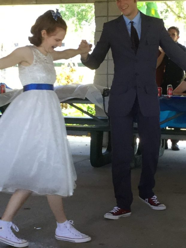 Doctor Who-Themed Wedding Bride and Groom Dance