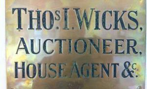 Auctioneer Removals Company Wells Street Glastonbury Taunton Bath T Wicks