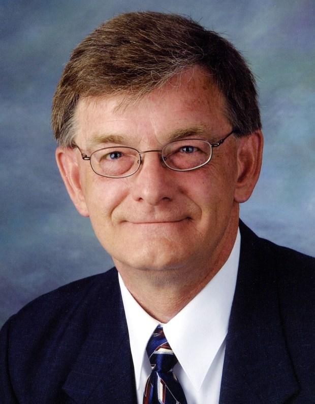 Tom Hackbarth, R-Cedar