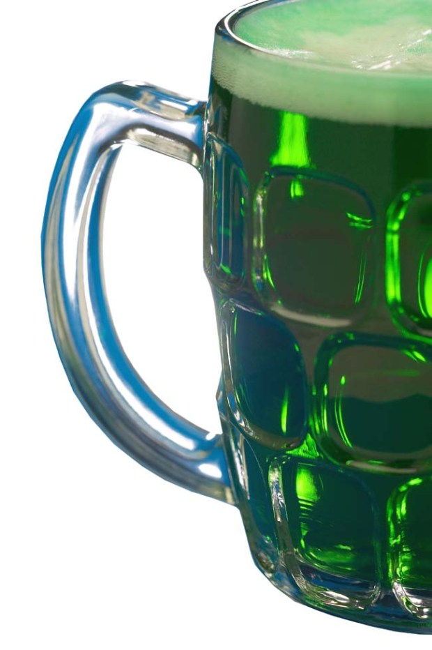 20110302__110310-eat-greenbeer.jpg