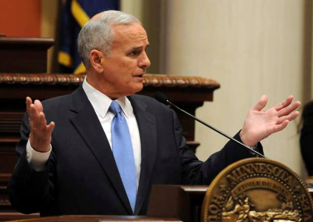 Governor Mark Dayton delivers his State of the State address in the Minnesota House of Representatives chamber in the State Capitol, Wednesday evening, February 15, 2012. (Pioneer Press: Chris Polydoroff)