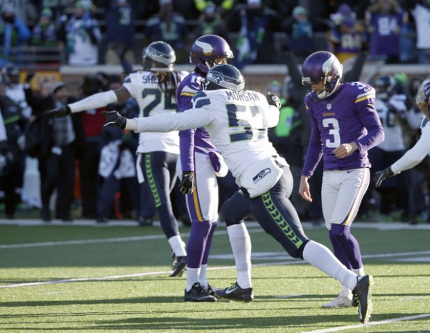 Minnesota Vikings kicker Blair Walsh (3) reacts after missing a field goal during the second half of an NFL wild-card football game against the Seattle Seahawks, Sunday, Jan. 10, 2016, in Minneapolis. The Seahawks won 10-9. (AP Photo/Jim Mone)