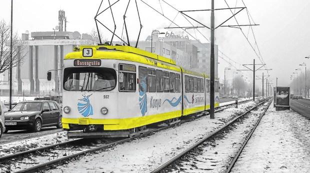 The Sarajevo tram on a snowy day. (Elliot Weir)