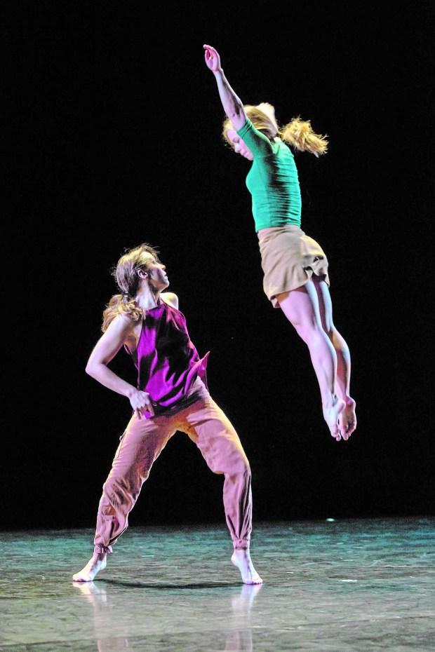 Zenon Dance Company (Bill Cameron)