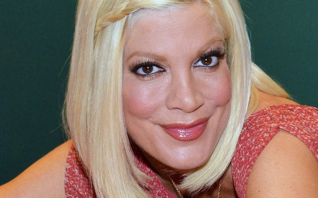 Actress Tori Spelling is 43 and keeping her plastic surgeon in business. (Getty Images: Slaven Vlasic)