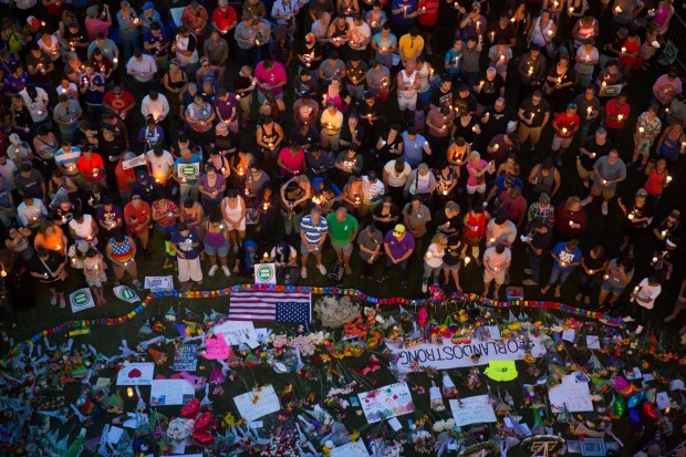 World unites, grieves with Orlando063