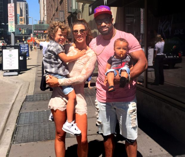 Everson-griffen-and-his-wife-tiffany-with-their-3-year-old-son-greyson-left-and-9-month-old-e1469221609804