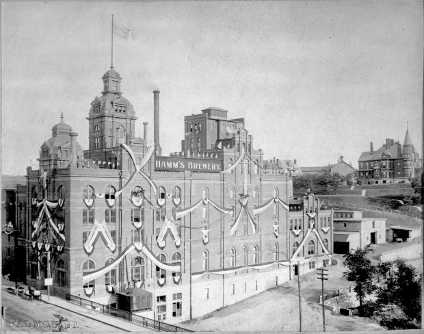 The Theo. Hamm Brewing Co. as it appeared about 1900. The Hamm family's mansion can be seen in the background to the left of the brewery. (Minnesota Historical Society)