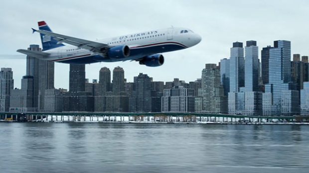 """The real-life water landing of a a flight piloted by """"Sully"""" Sullenberger provides the drama in Clint Eastwood's new film. (Warner Bros.)"""