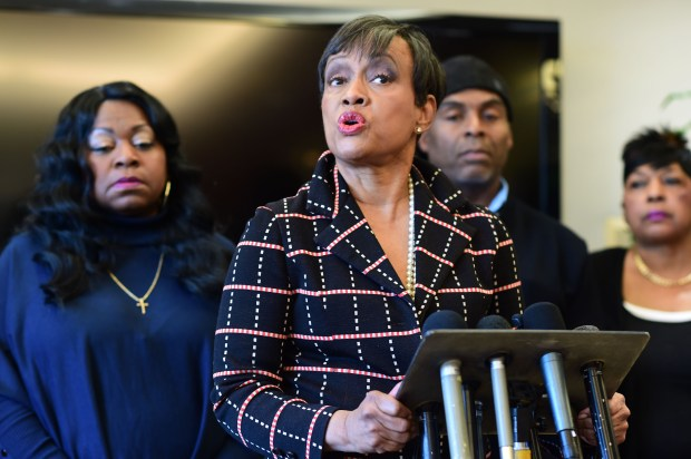 Judge Glenda Hatchett, attorney for the family of Philando Castile, speaks at a press conference in Minneapolis on Wednesday, Nov. 16, 2016, about the family's reaction to Ramsey County Attorney John Choi's decision to press criminal charges against the police officer responsible for Castile's death. From left: Valerie Castile, mother, Hatchett, Tracy Castile, uncle, and Beverly Castile, aunt of Philando Castile. (Pioneer Press: Scott Takushi)