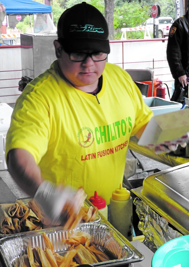 Chilito's does a brisk business at the annual Christmas Tamales Festival in San Antonio, Texas. (Courtesy of William Gurstelle)