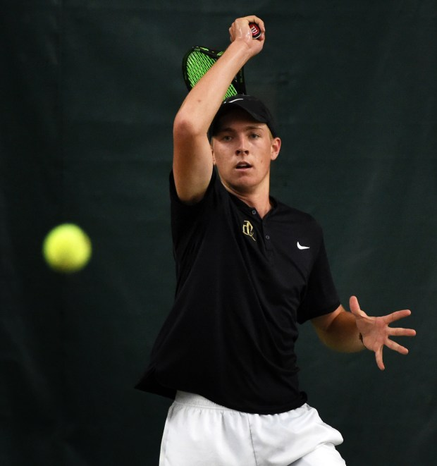 East Ridge's Ben Van der sman plays Wayzata's Jonathan Nudler during a first singles match of the Class 2A team semifinals during the State Boys' Tennis Tournament at Baseline Tennis Center in Minneapolis on Wednesday, June 7, 2017. (Scott Takushi Pioneer Press)