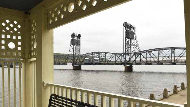 The Stillwater lift bridge over the St. Croix River in 2015. (Scott Takushi / Pioneer Press)