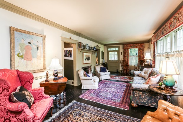 The living room at architect Ewin Lundie's former home at 1823 Mahtomedi Ave., Mahtomedi, which is for sale. (Courtesy of Keller Williams Realty)
