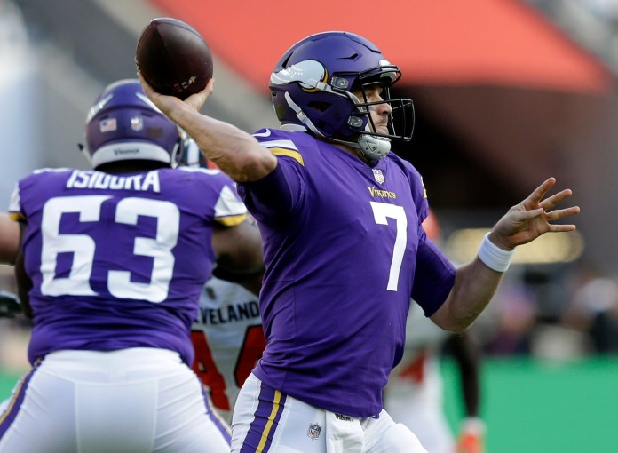 Minnesota Vikings quarterback Case Keenum (7) passes the ball during the first quarter of an NFL football game against Cleveland Browns at Twickenham Stadium in London, Sunday Oct. 29, 2017. (AP Photo/Tim Ireland)